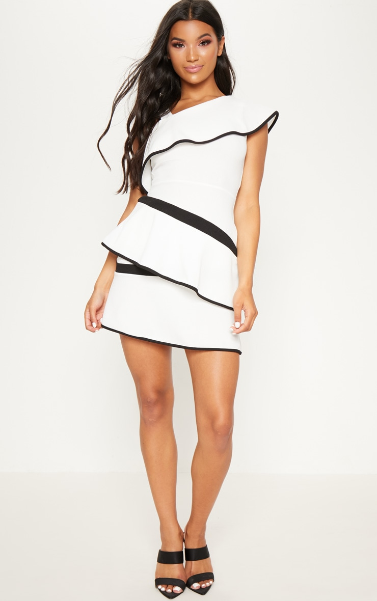 Monochrome Binding Detail One Shoulder Tiered Skater Dress 4