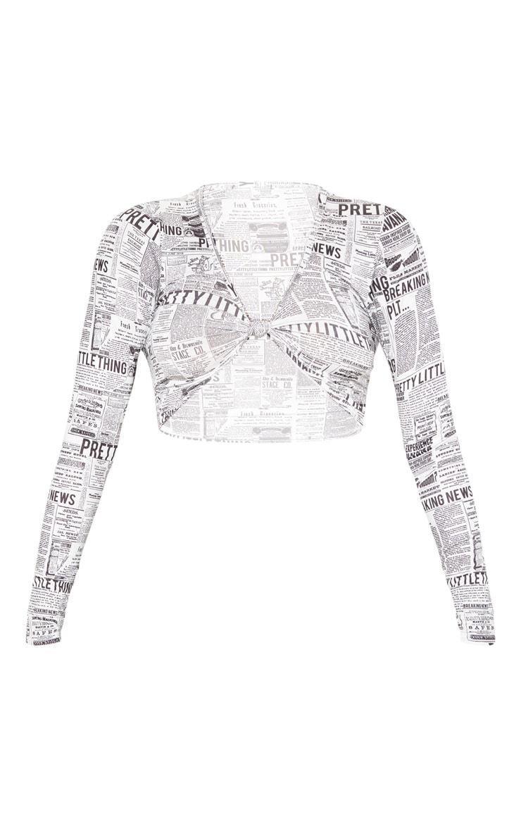 PRETTYLITTLETHING Mono Newspaper Printed Twist Front Long Sleeve Crop Top 3