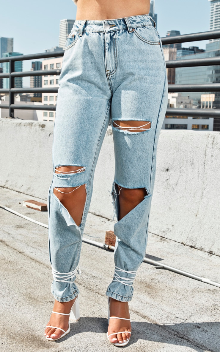 Light Wash Slit Knee Straight Leg Jeans  2