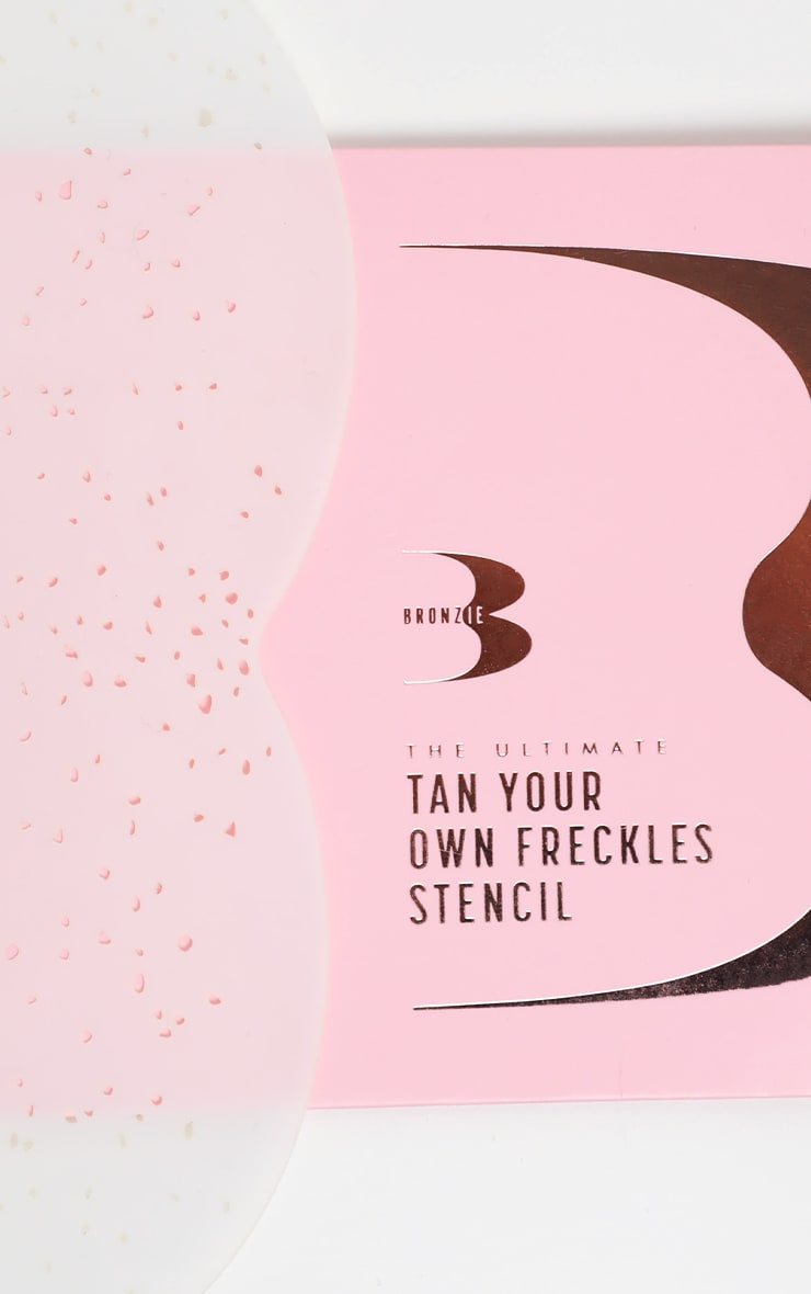 Bronzie The Ultimate Tan Your Own Freckles Stencil 1