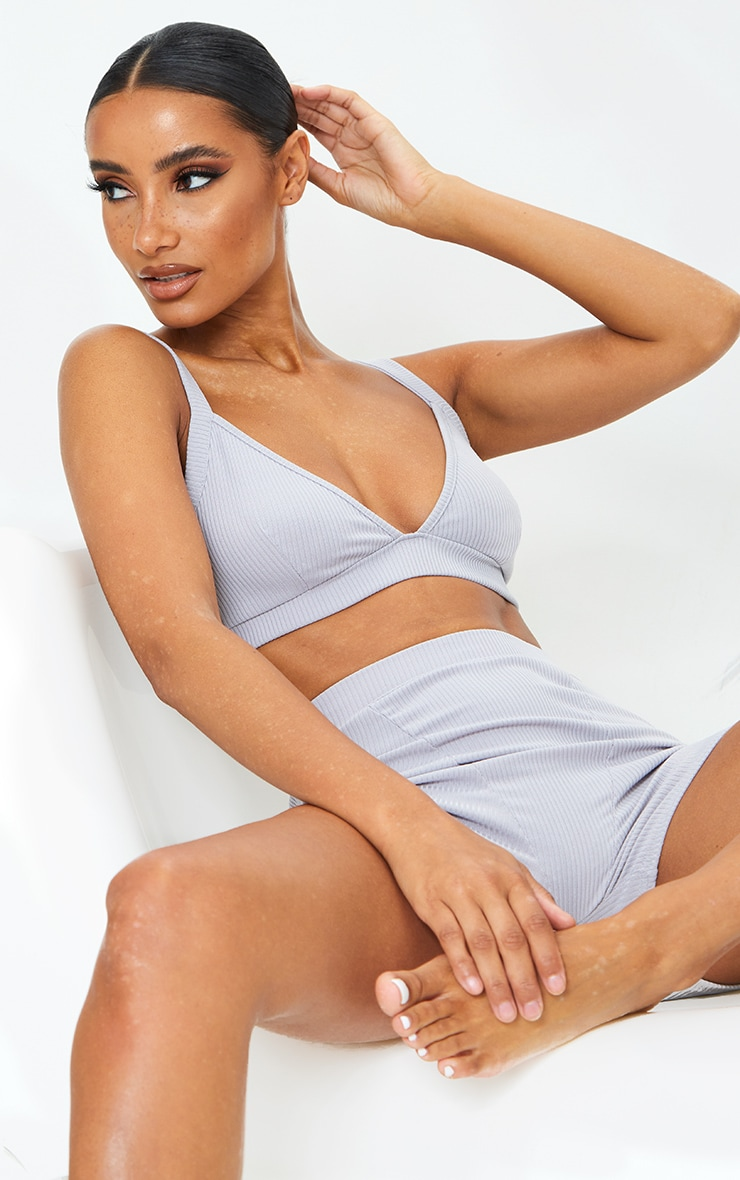 Grey Ribbed Triangle And Short Lingerie Set 3