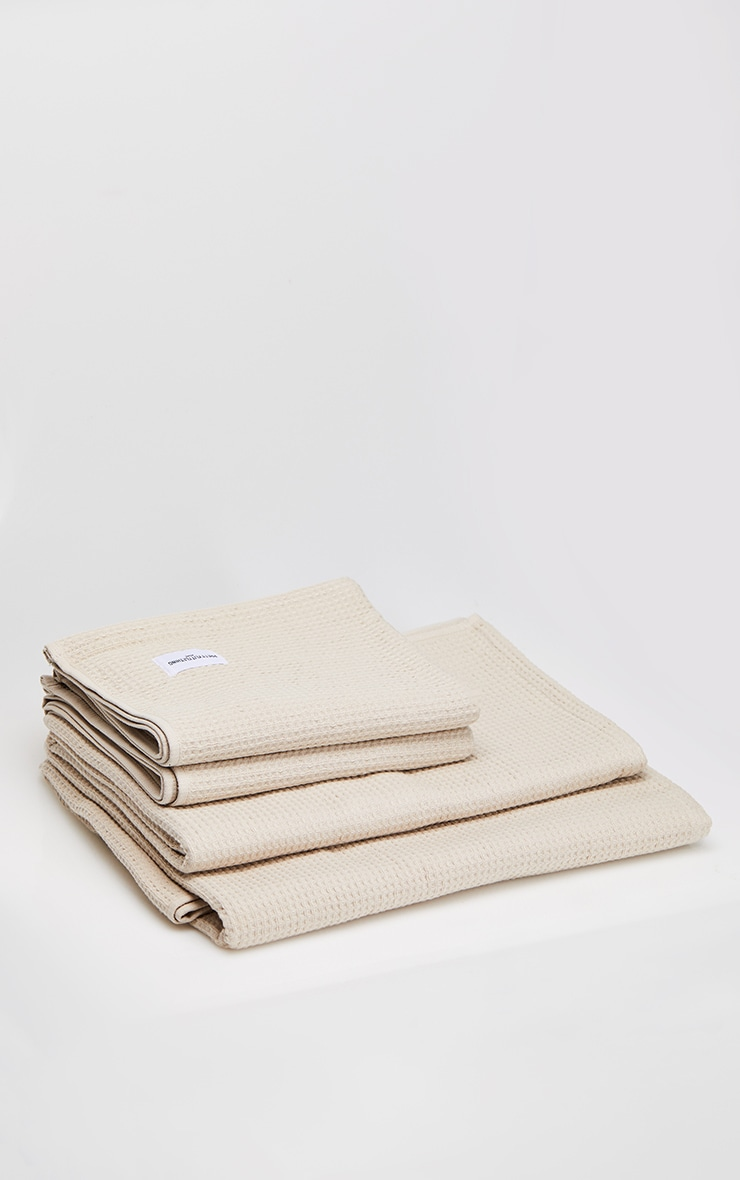 PRETTYLITTLETHING Natural Waffle Cotton Large Bath Towel 4