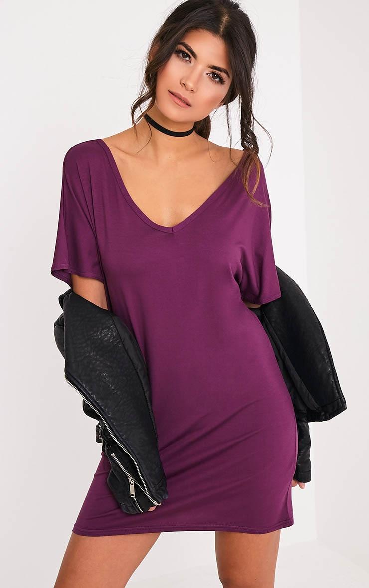 Basic robe t-shirt à col en V aubergine 1