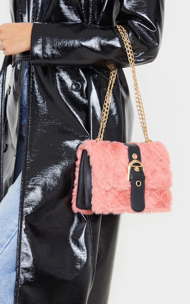 Dusty Rose Faux Fur Quilted Buckle Cross Body Bag 2