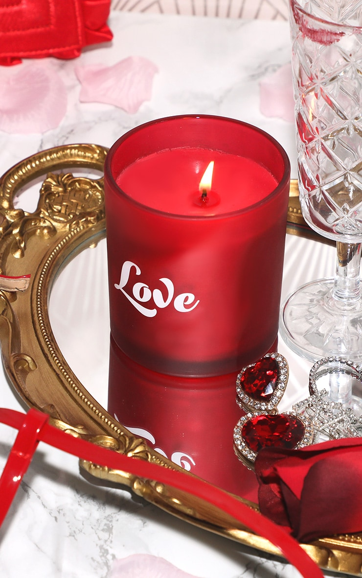 PAPERCHASE Love Boxed Candle 1
