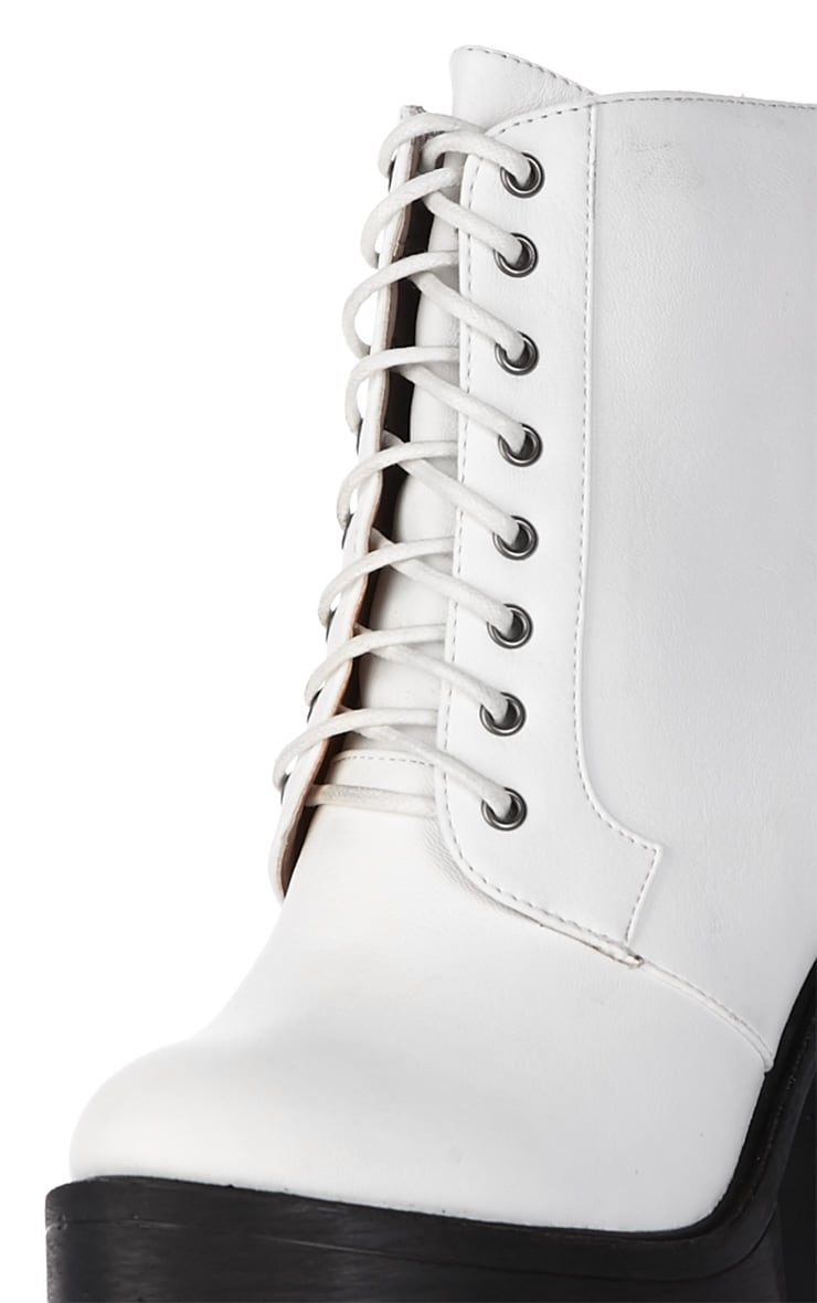 Wesley White Chunky Lace Up Boots 4
