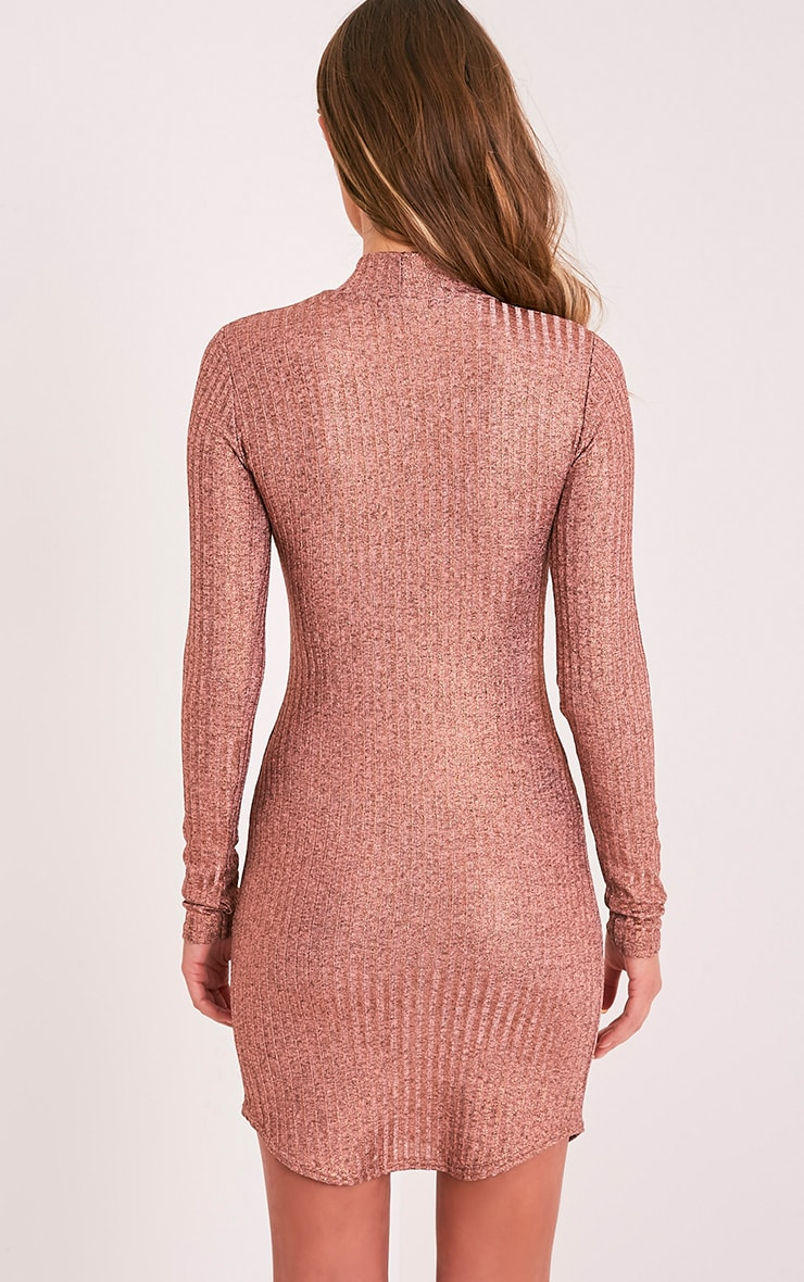 Laila robe moulante à col montant côtelé or rose 2