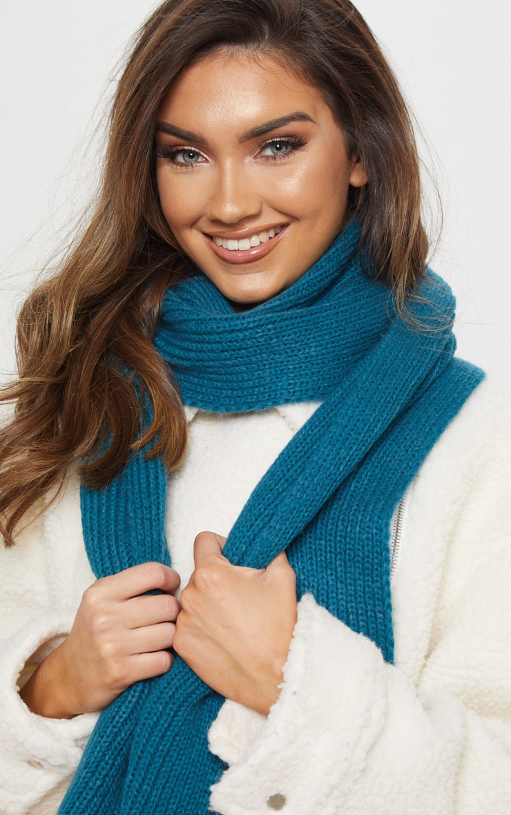 Teal Ribbed Knit Scarf 2