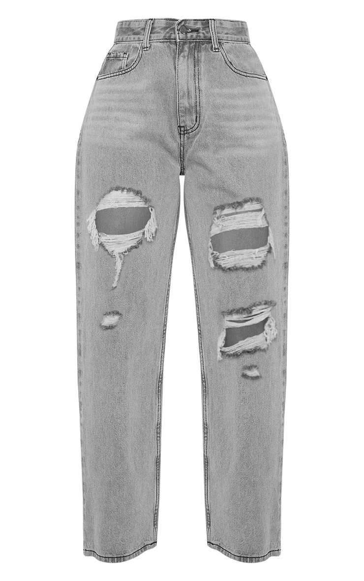 PRETTYLITTLETHING Grey Distressed Mom Jean 3