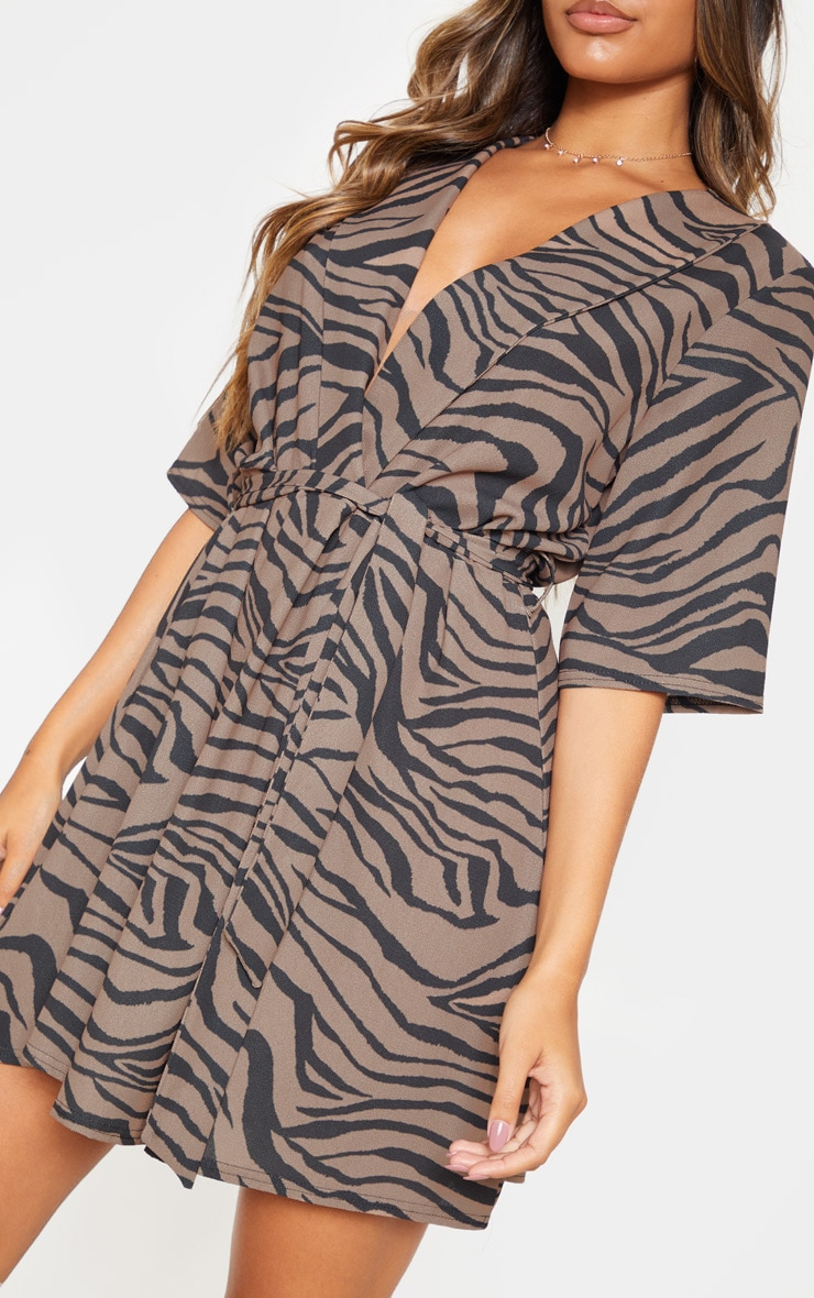 Beige Tiger Print Short Sleeve Tie Waist Tea Dress 5