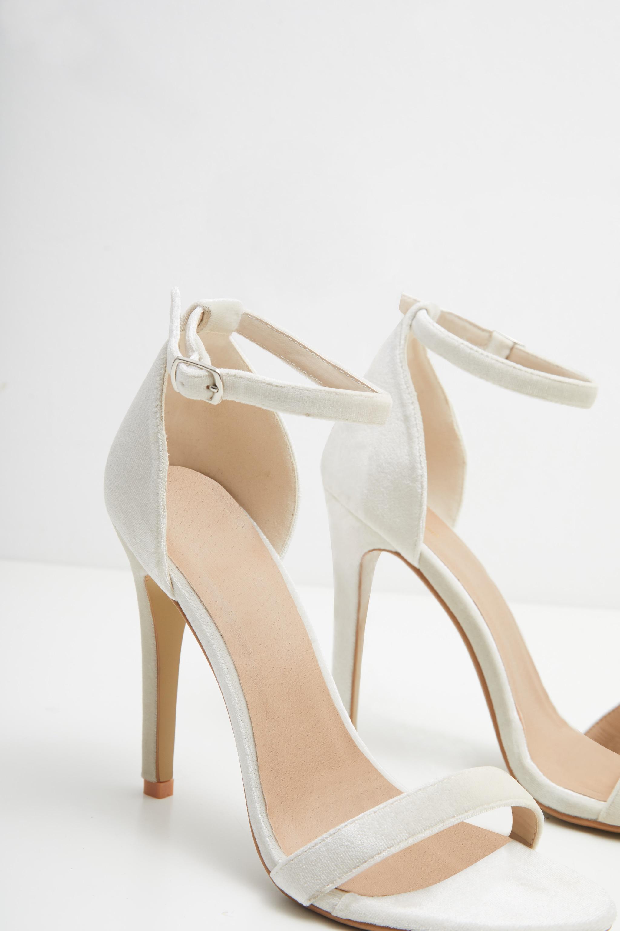 Clover Nude Velvet High Heel 3