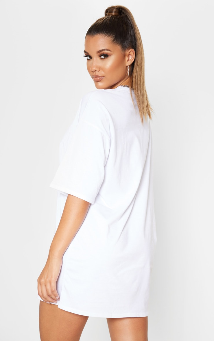 PRETTYLITTLETHING White Ovesized Boyfriend T Shirt Dress 2