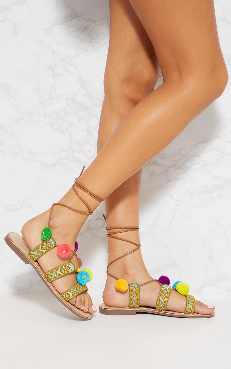 Sandales Ghillie brodée à pompons multicolores
