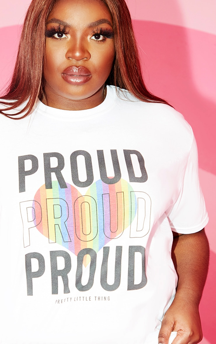 PLT Plus - Tee-shirt blanc à slogan Proud 4