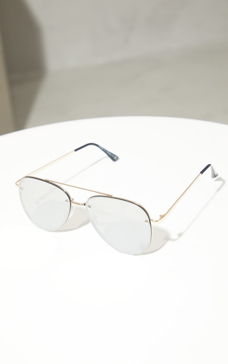Silver Mirrored Aviator Sunglasses 3