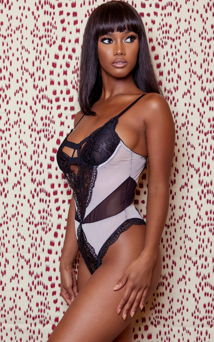 Nude Mesh Panel Lace Underwired Body 3