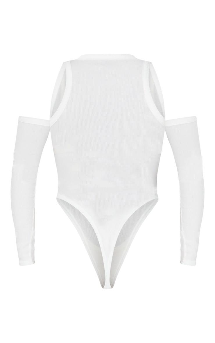 Body blanc côtelé à épaules découpées et manches longues  6