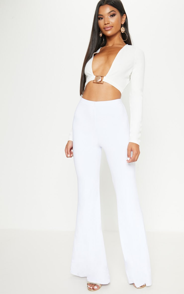 White Lion Clasp Plunge Long Sleeve Crop Top   4