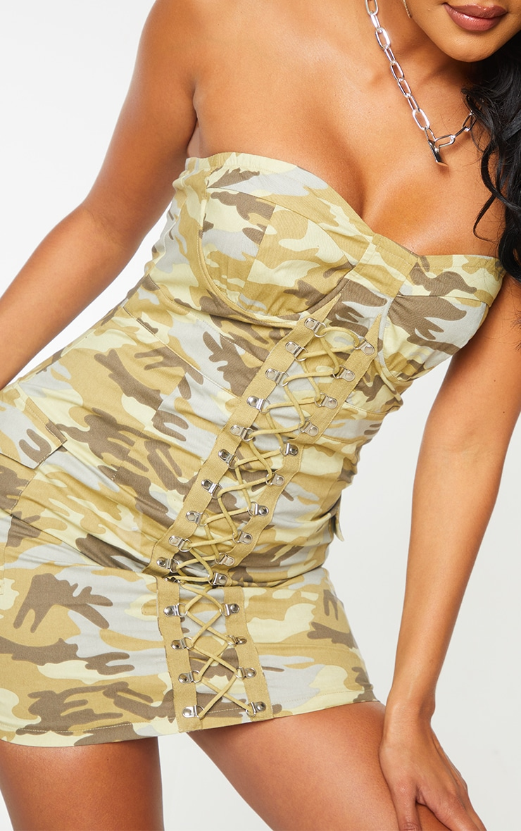 Green Camo Lace Up Detail Underwired Bandeau Bodycon Dress 4