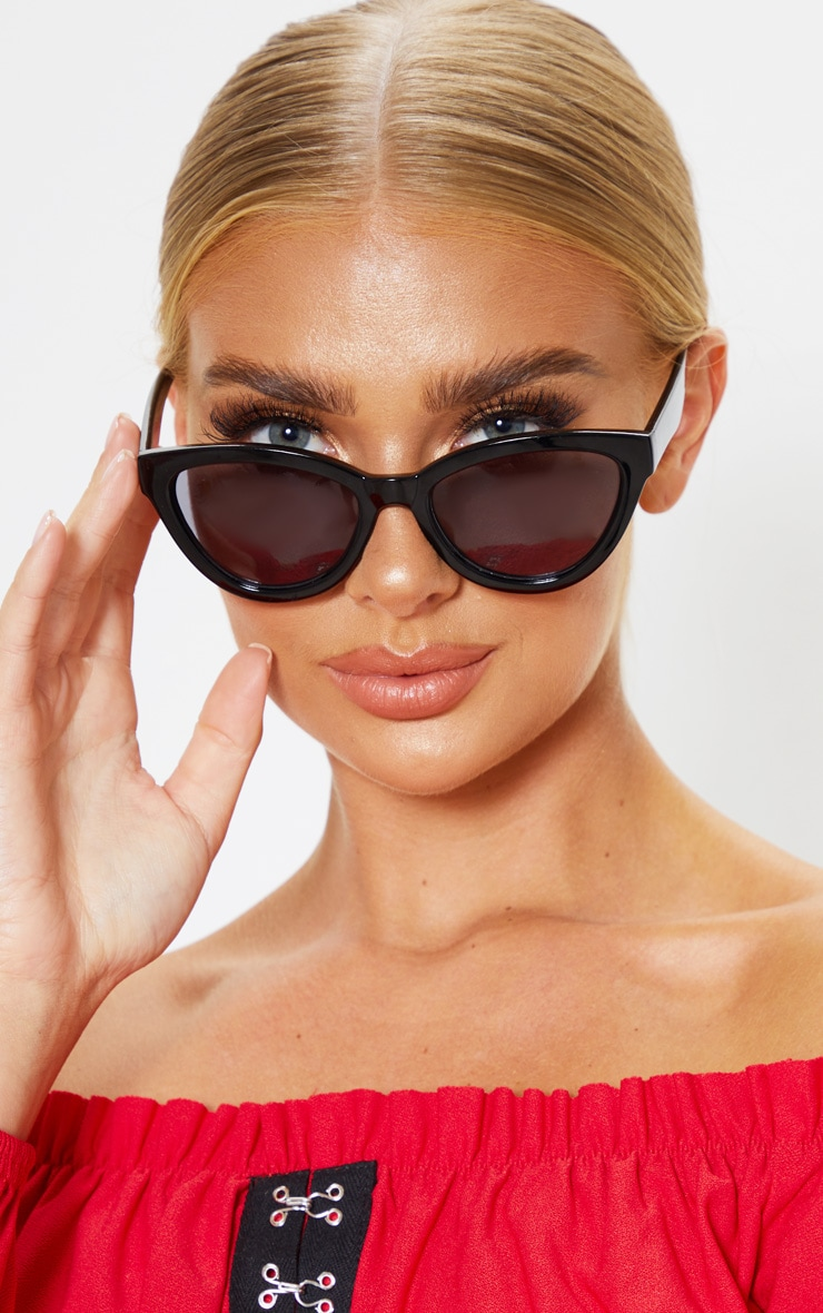 Black Shiny Oversized Cat Eye Frame Sunglasses 2