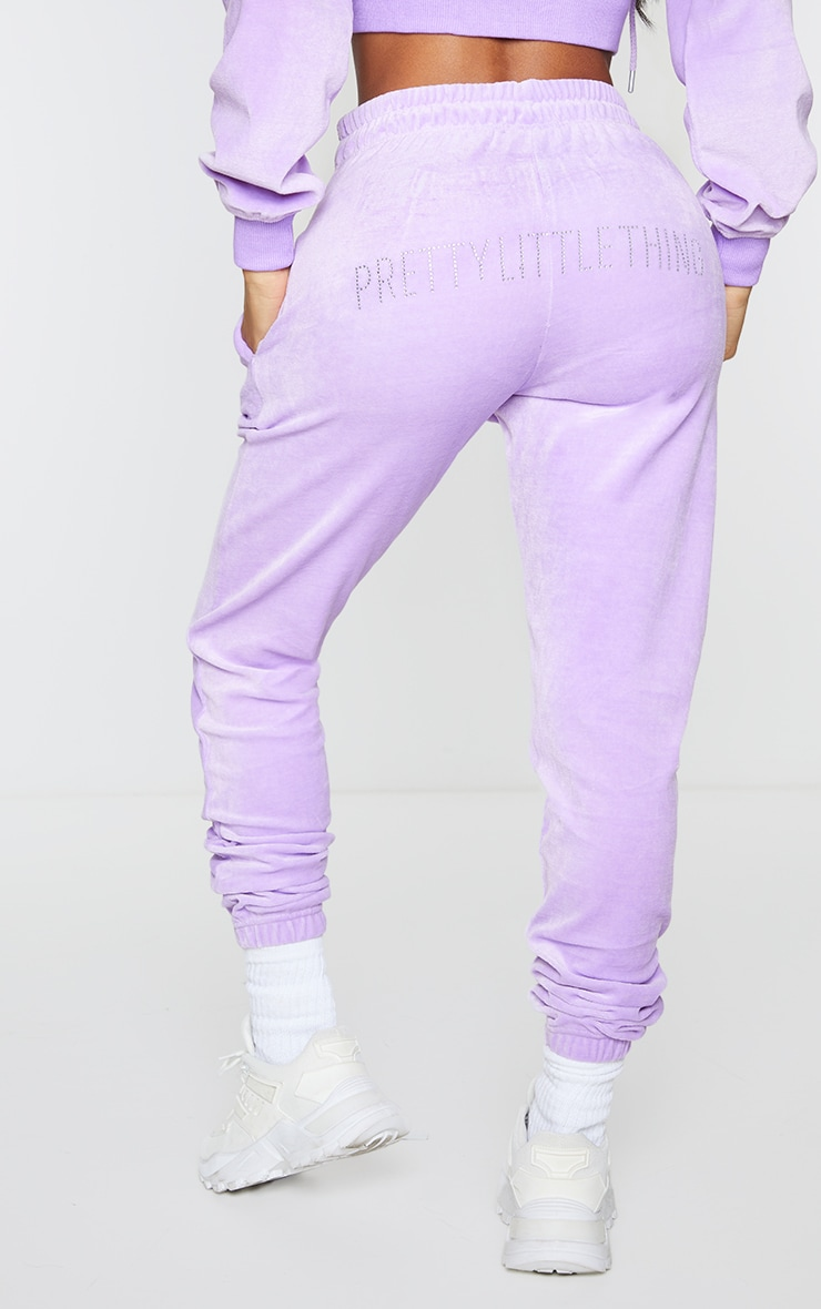 PRETTYLITTLETHING Shape Lilac Velour Skinny Joggers 3
