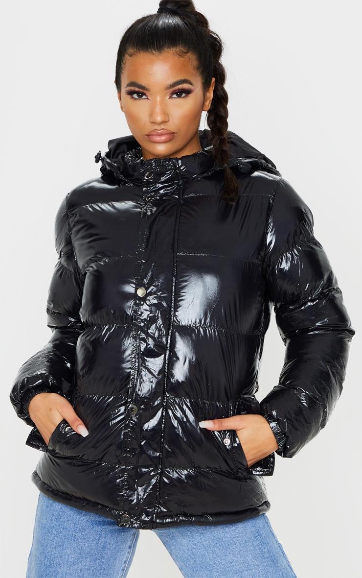 Doudoune à capuche noire brillante 1