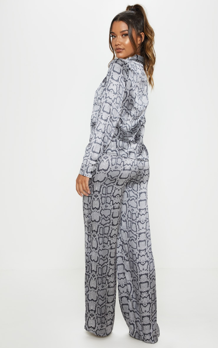 Monochrome Snake Print Long Sleeve Satin Pyjama Set 2