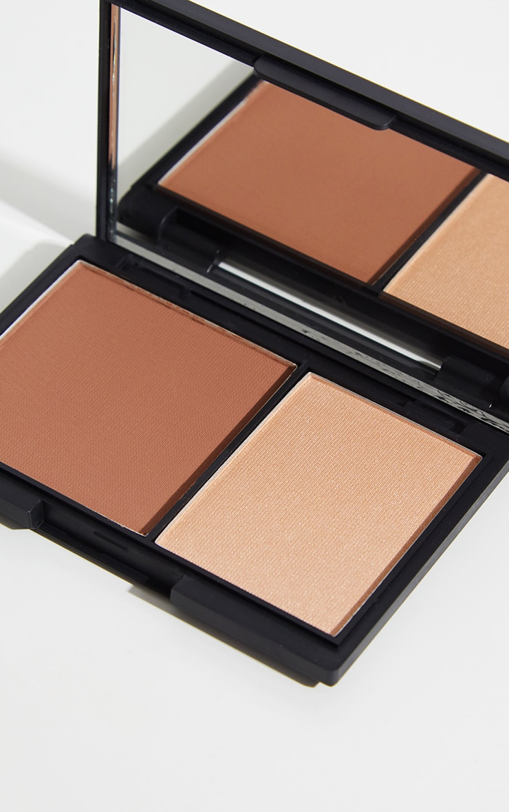 Sleek MakeUP Medium Face Contour Kit 1