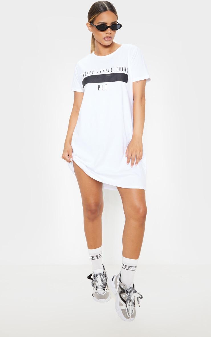 PRETTYLITTLETHING Petite White Printed T Shirt Dress  4