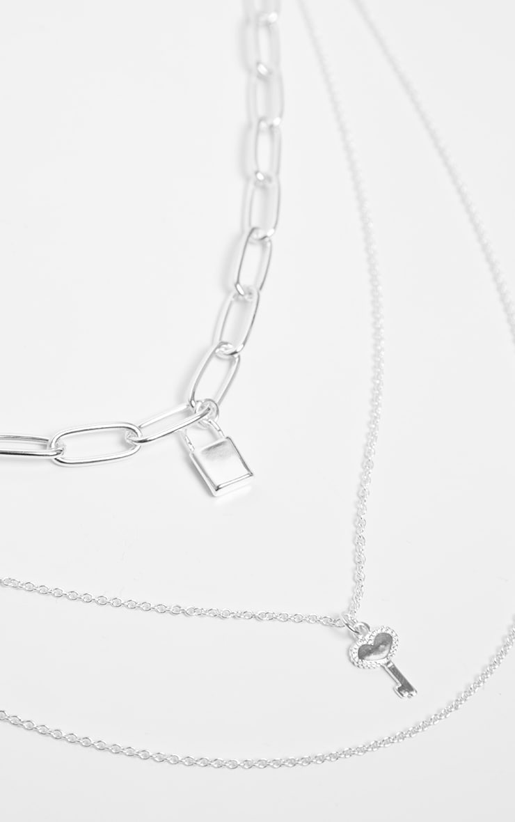 Silver Padlock And Key Link Triple Layering Necklace 4