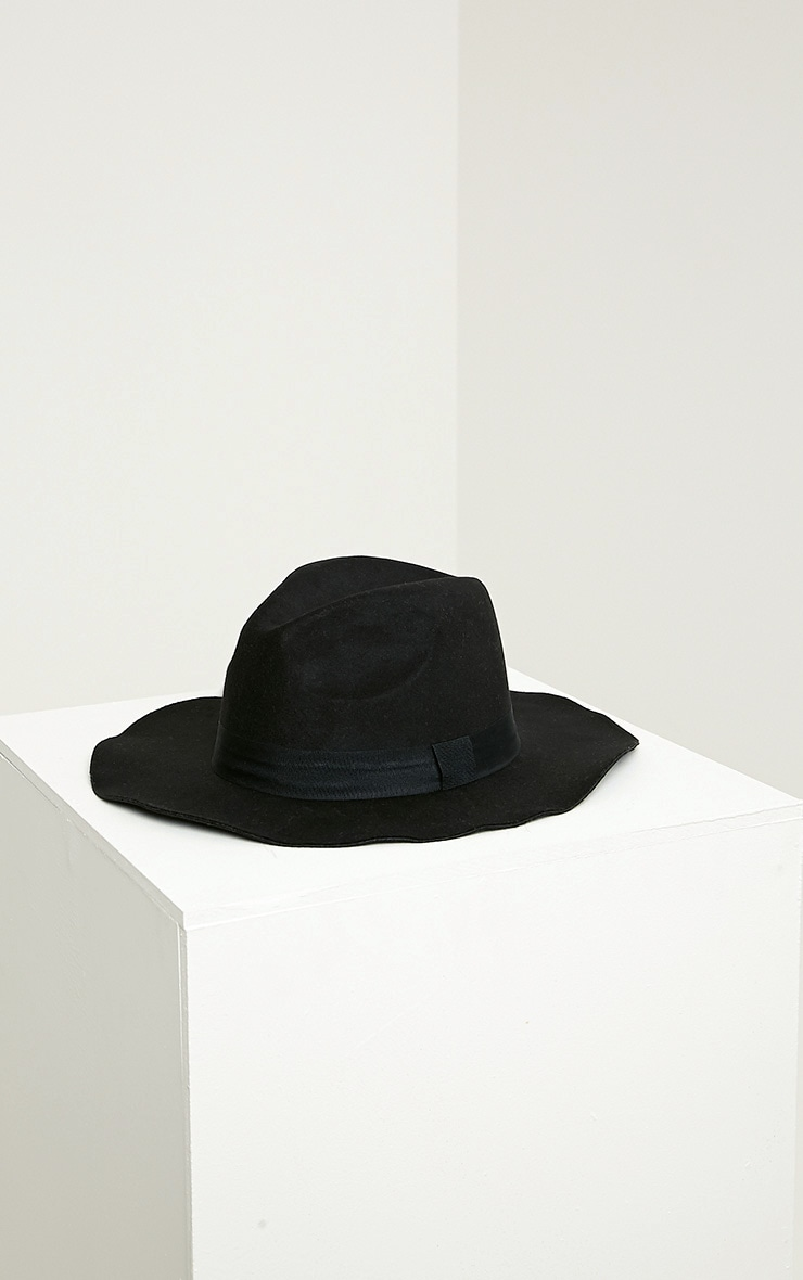 Meris Black Fedora Hat 2