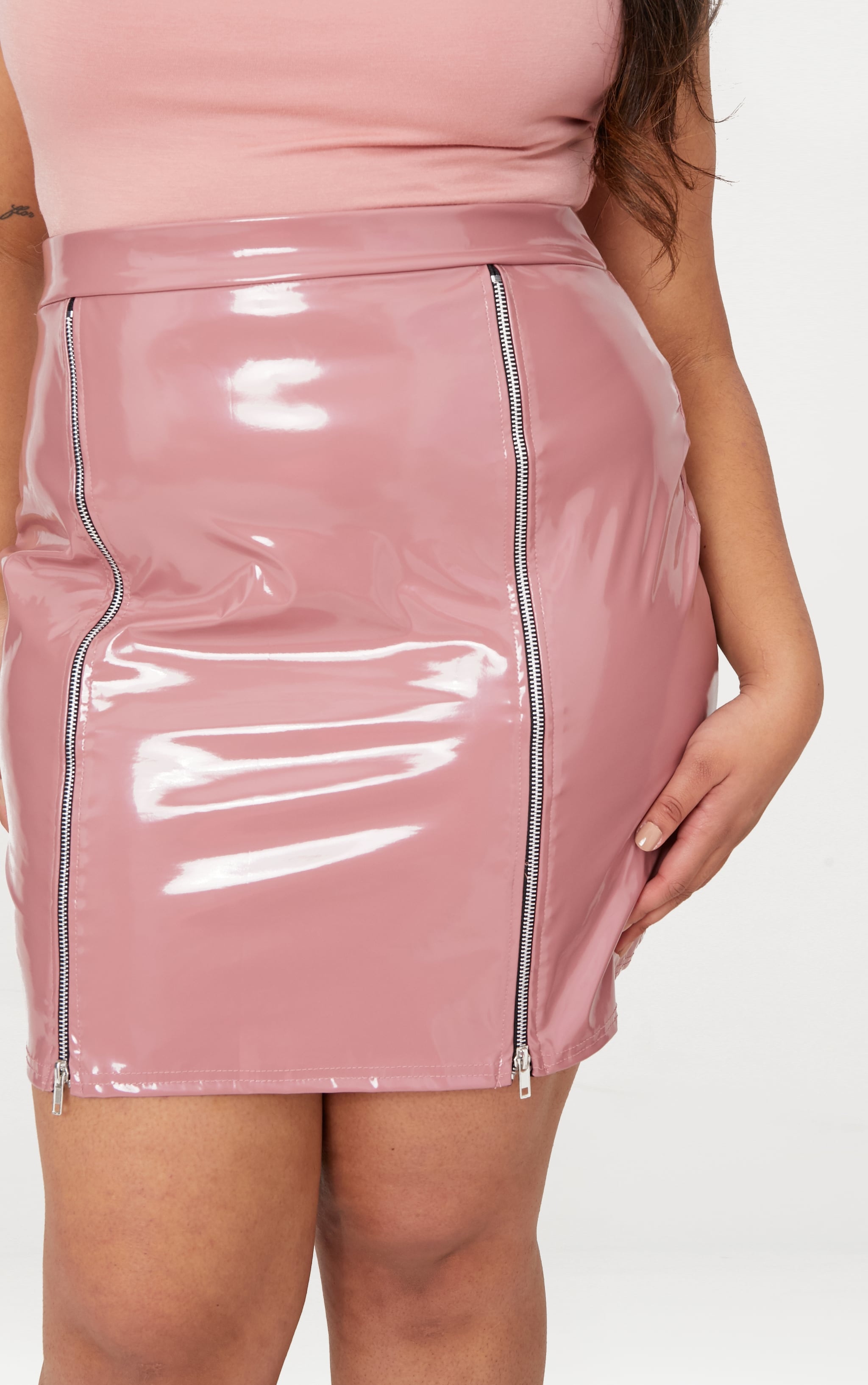 Plus Rose Vinyl Zip Detail Bodycon Skirt 7