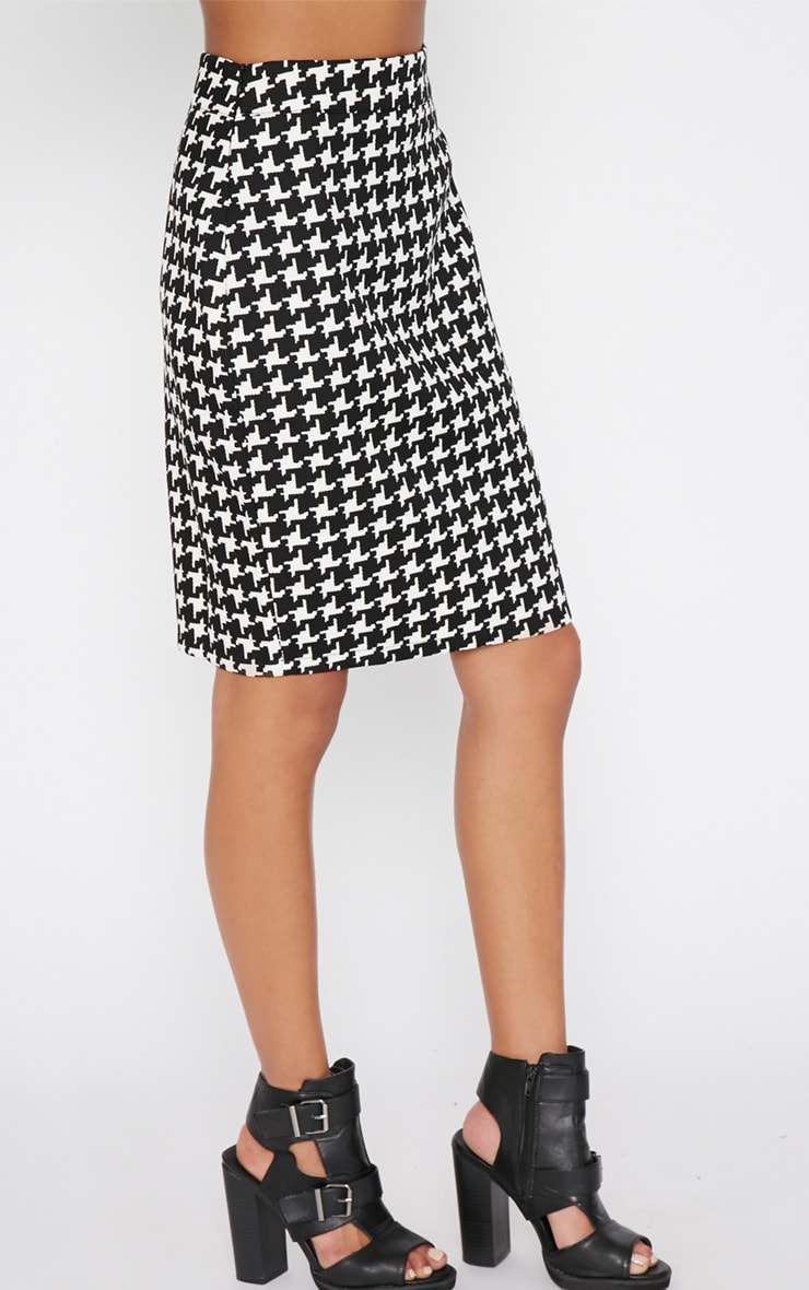 Loreto Monochrome Dogtooth Skirt 3