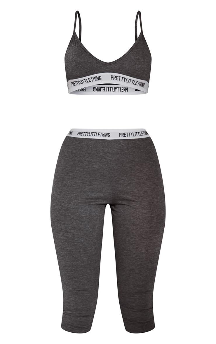 PRETTYLITTLETHING - Ensemble pyjama gris anthracite avec bralette + legging court 5