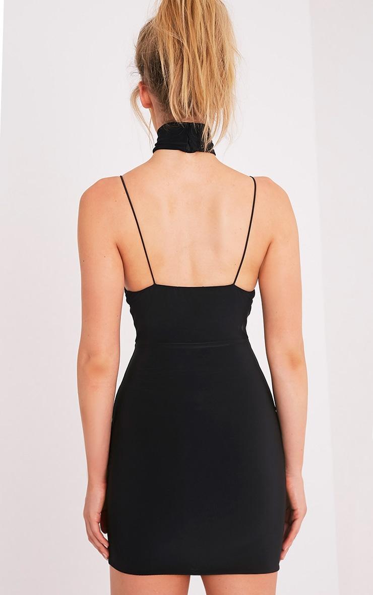 Ayishah robe moulante plongeante à bretelles près du corps noire 2