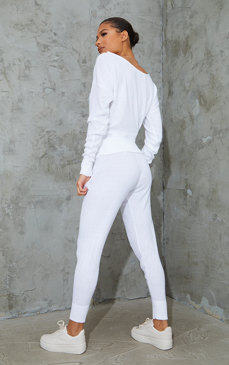 White Knitted Lounge Set 2