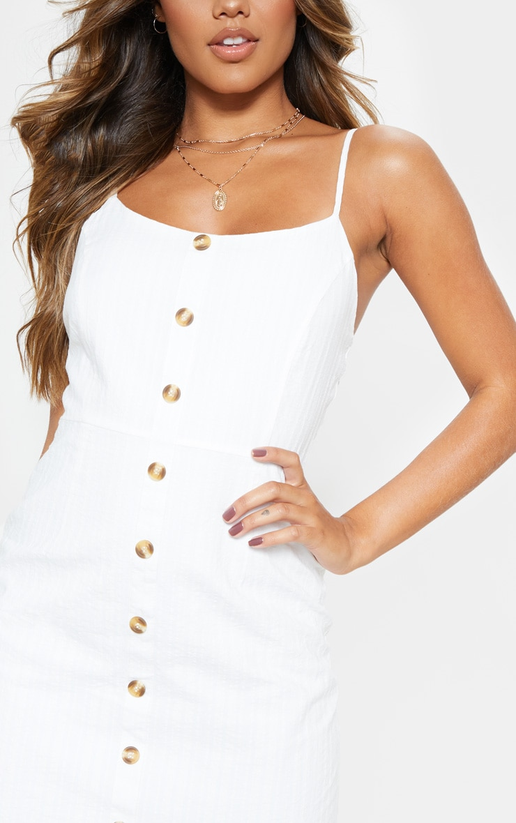 Robe r tro blanche textur e boutons bois prettylittlething fr - Adresse mail reclamation blanche porte ...
