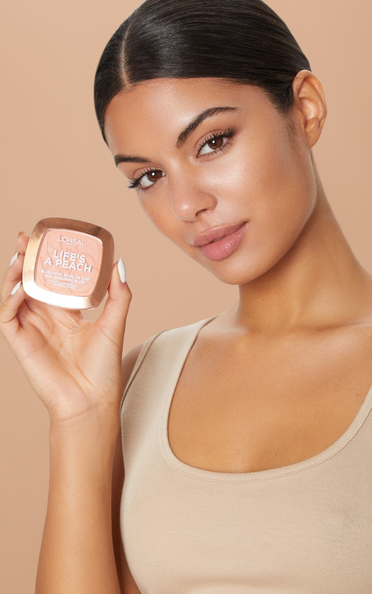 L'Oréal Paris Life's a Peach Blush Powder 5