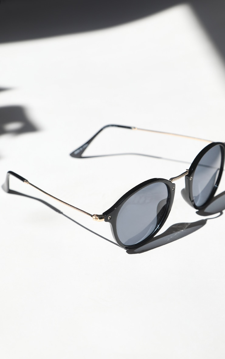Black Round Retro Sunglasses 3