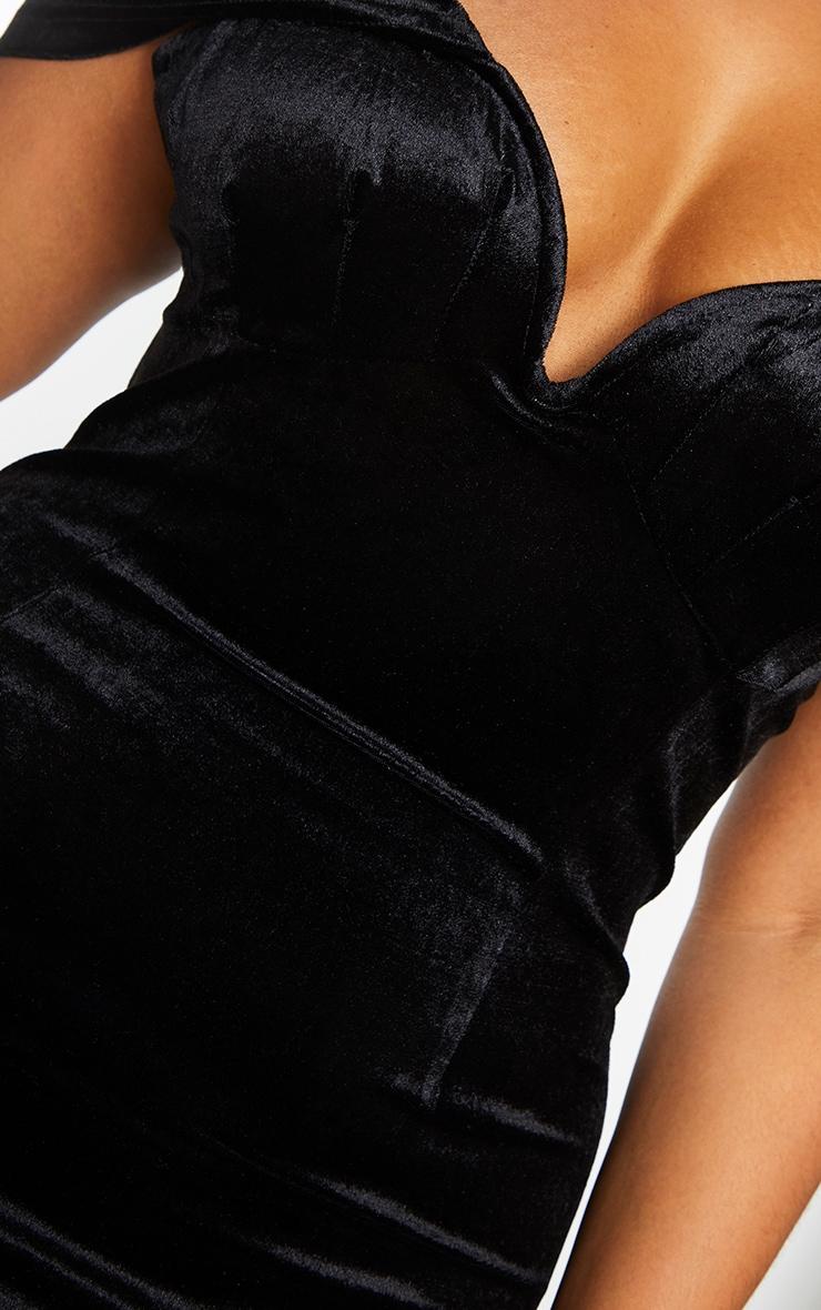 Plus Black Velvet V Bar Bodycon Dress 4