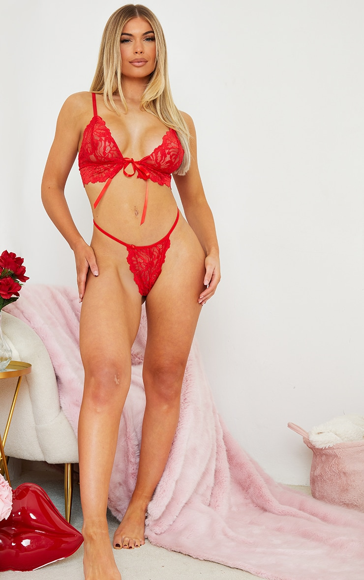 Red Triangle Lace Up Bum Lingerie Set 3
