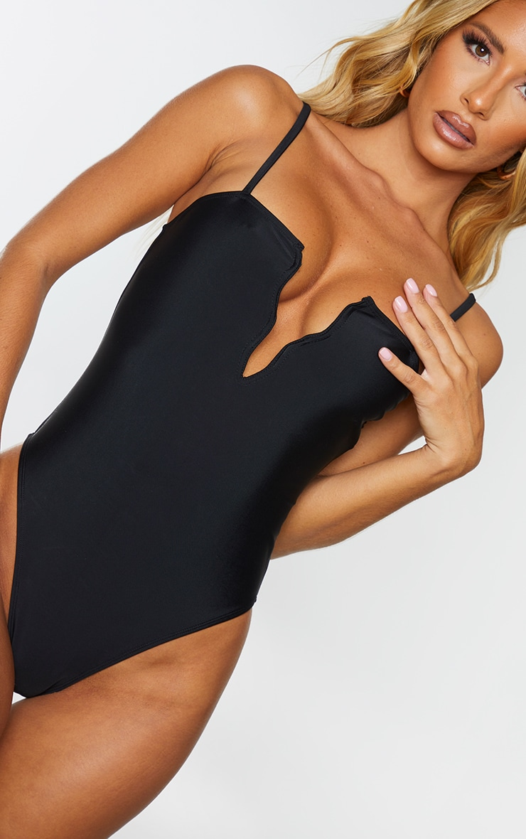 Black Wire Detail Swimsuit 4