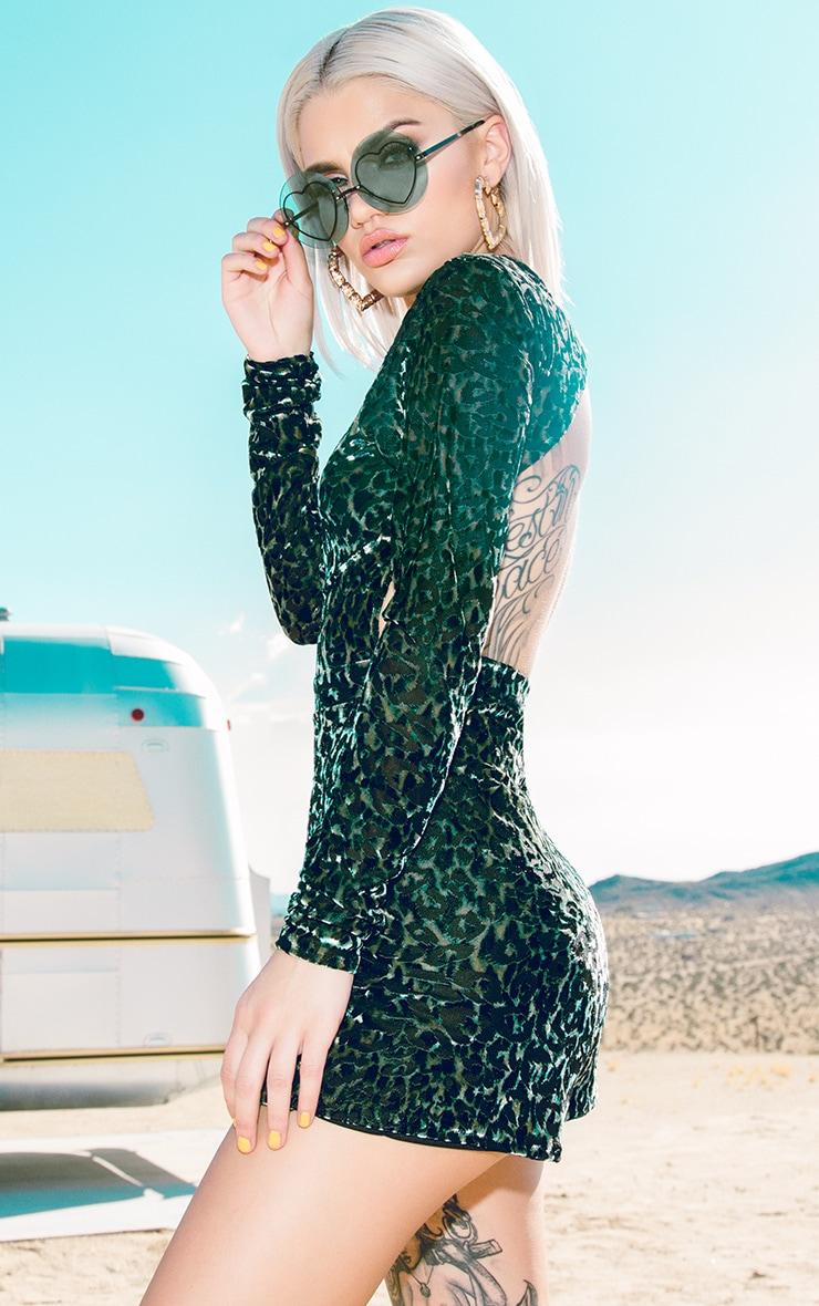 Combishort en velours vert imprimé léopard 1