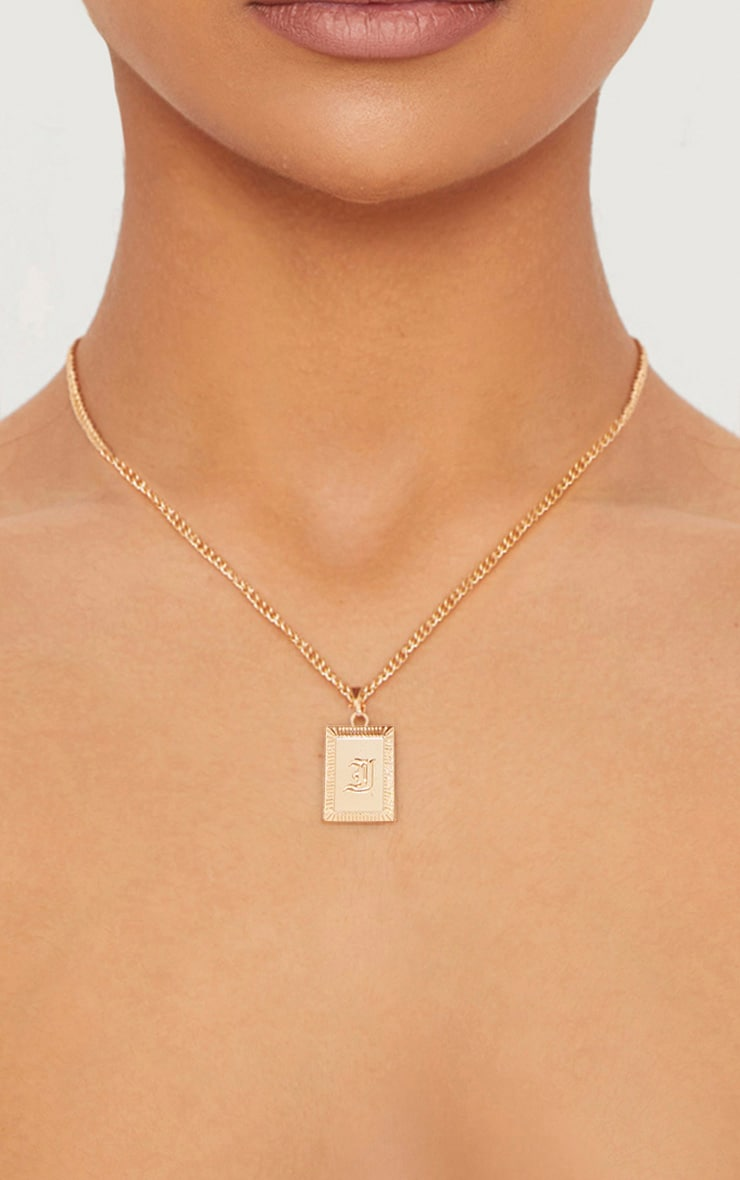 Gold Square Letter I Pendant Necklace 1