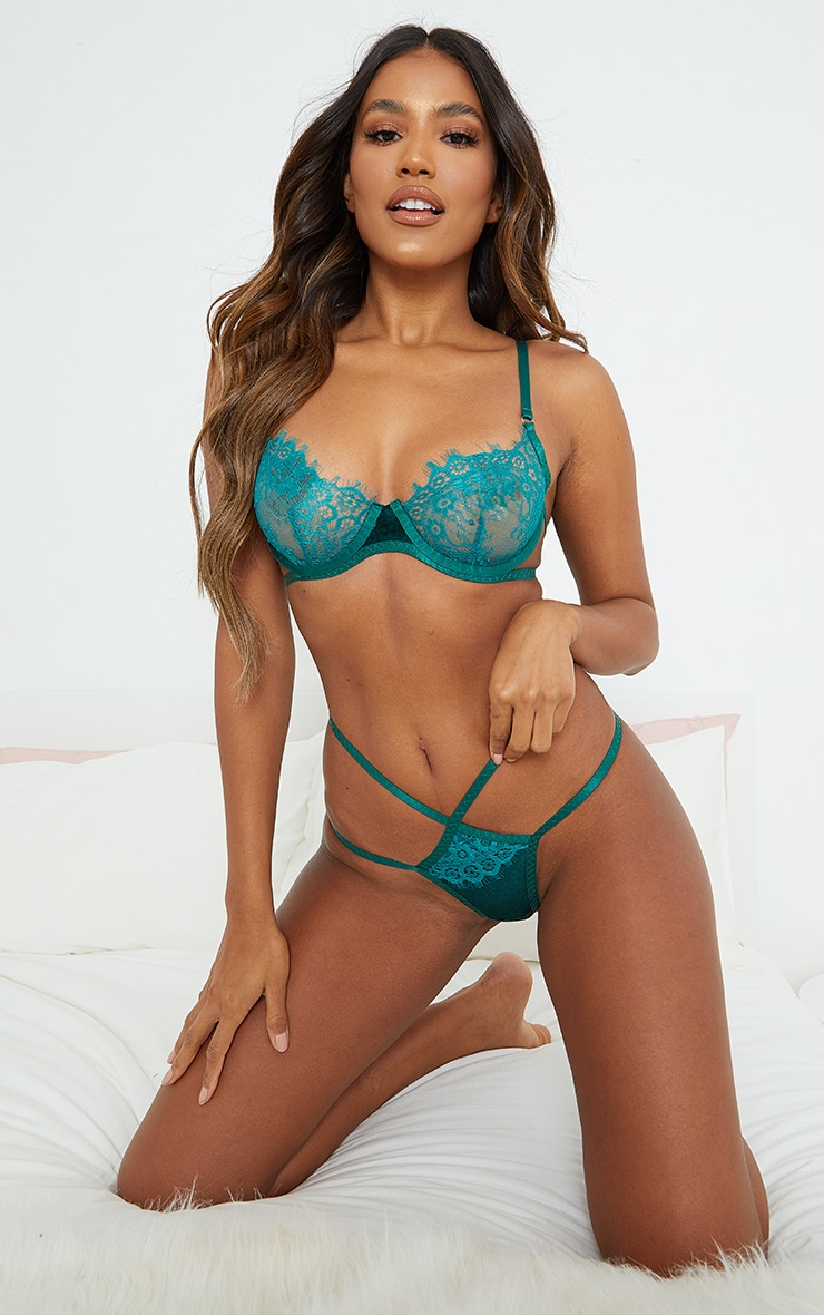 Emerald Green Velvet Trim Eyelash Lace Underwired Lingerie Set 1