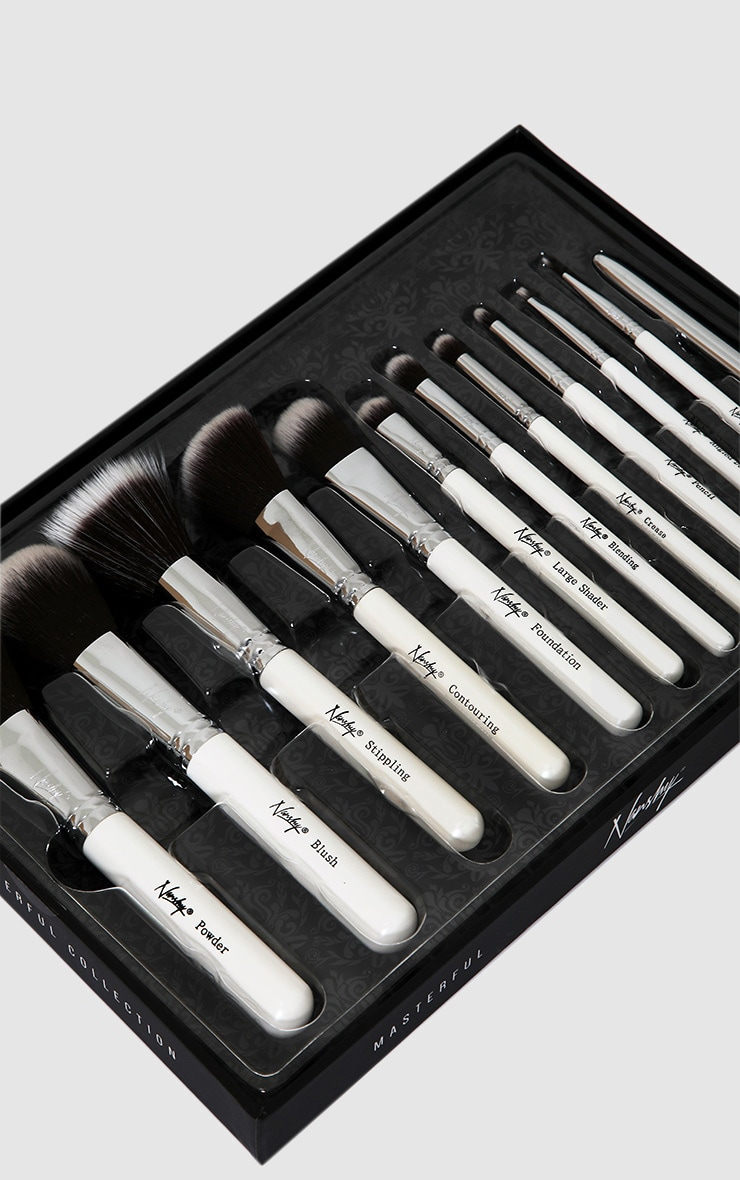 Nanshy Masterful Collection Pearlescent White Brush Set 2
