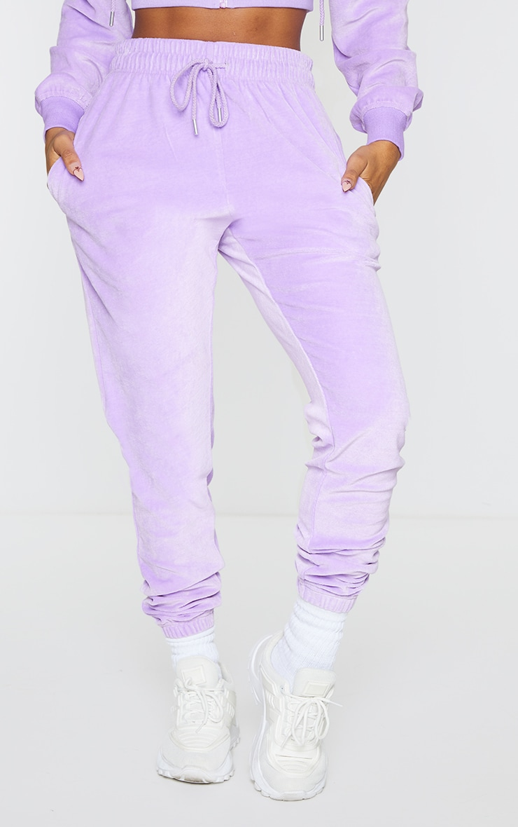 PRETTYLITTLETHING Shape Lilac Velour Skinny Joggers 2