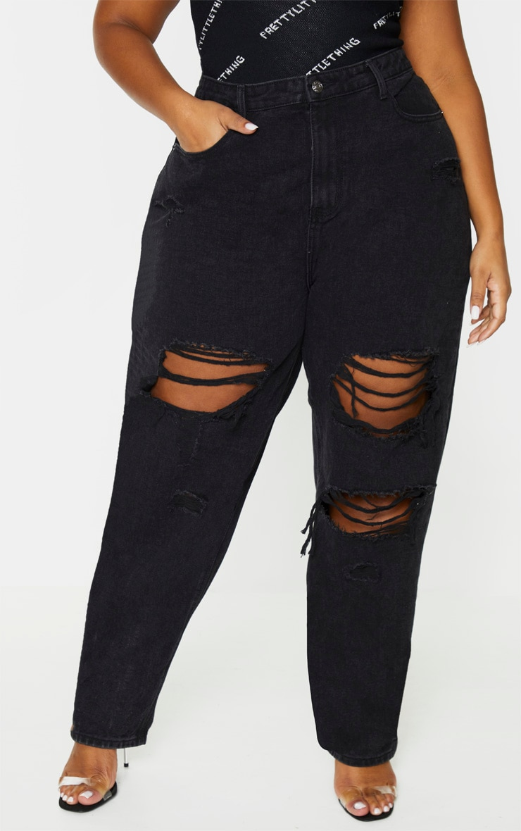 PRETTYLITTLETHING Plus Washed Black Distressed Mom Jean 3