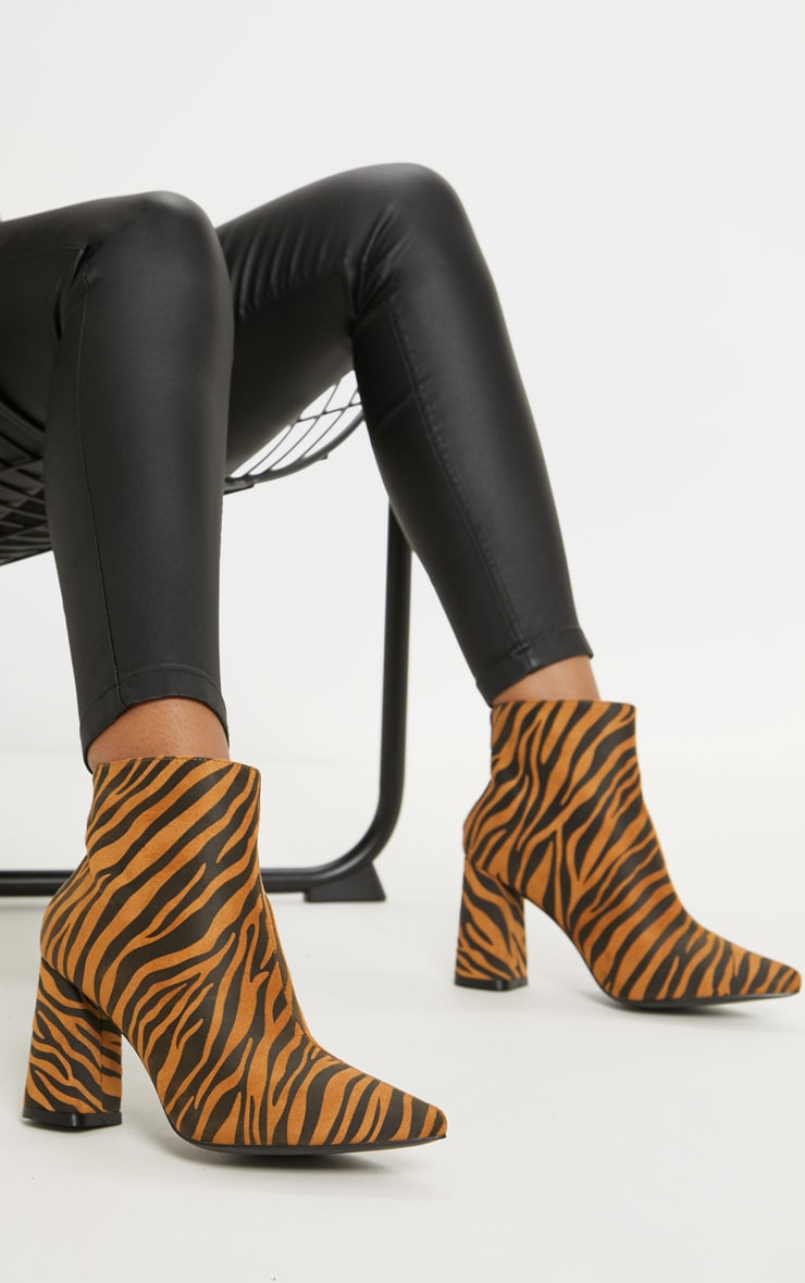 Tiger Print Block Heel Point Ankle Boot 1