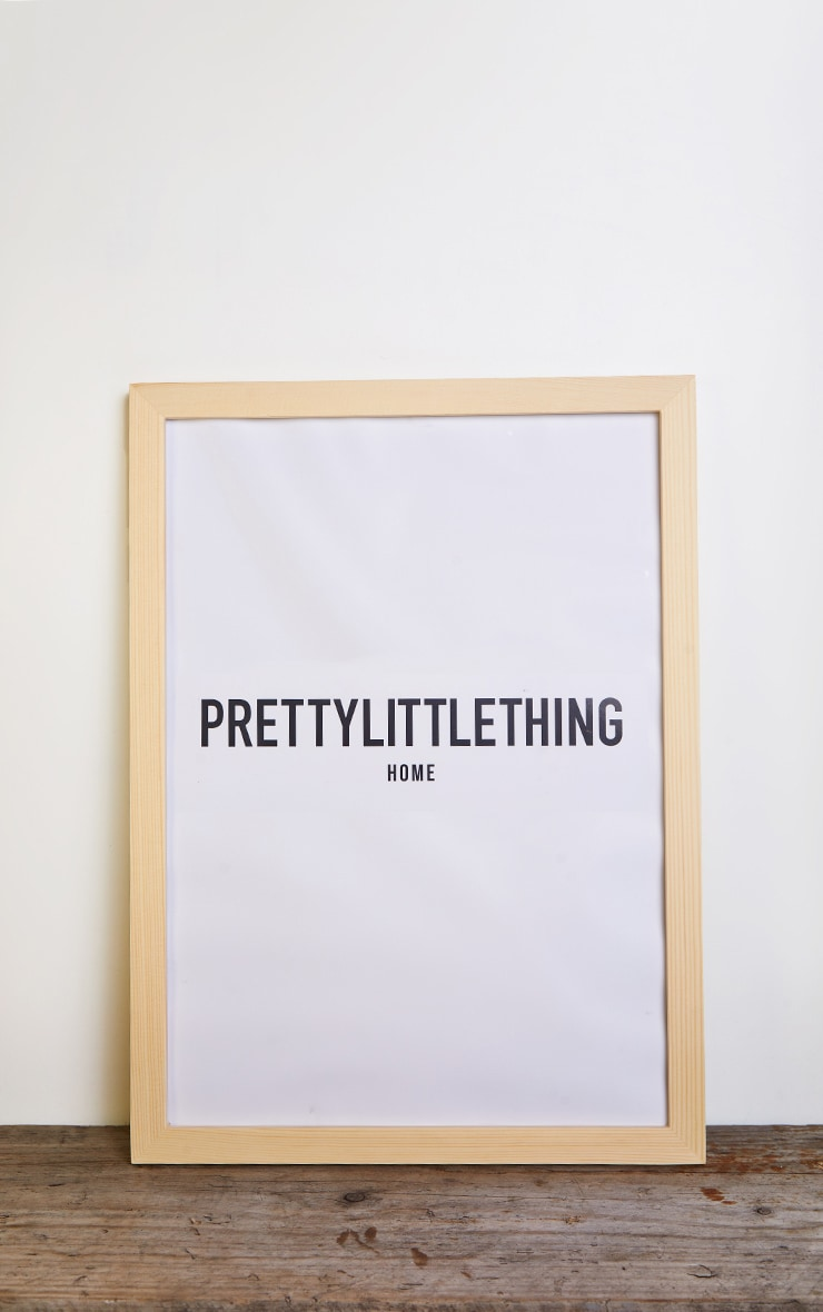 PRETTYLITTLETHING Wooden A3 Frame 1
